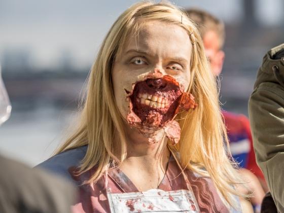 london-zombie-2